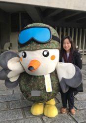 自衛隊東京地方協力本部のキャラクター「トウチくん」と